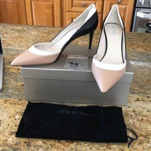 NWT Armani colorblock white black cream heels